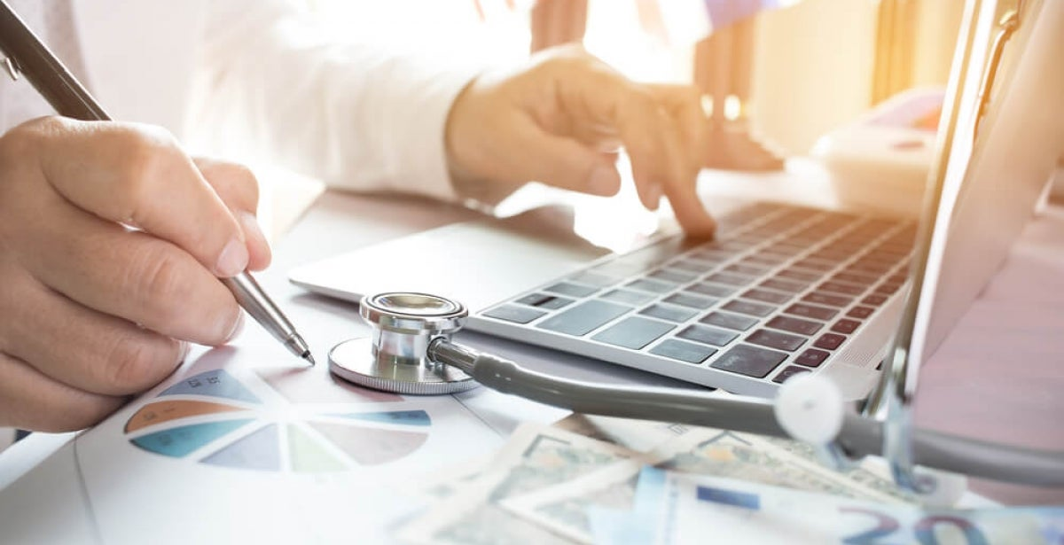 Four Benefits of an Online MBA in Healthcare Management